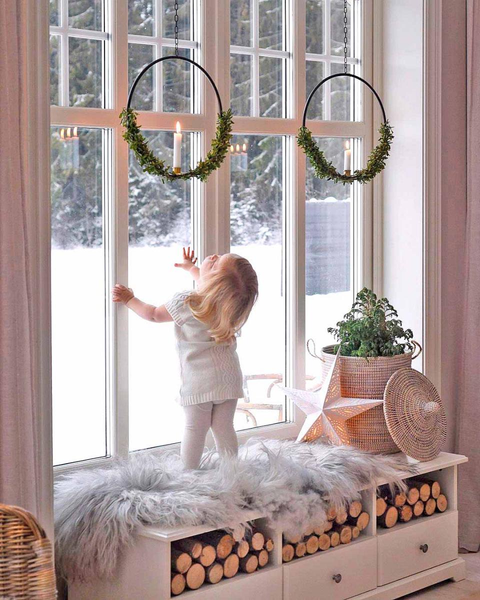 ablak-kisgyerek.jpg
