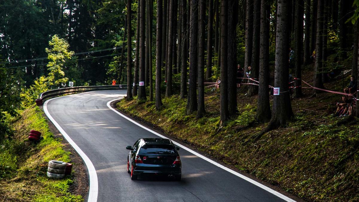 autoverseny-erdo.jpg