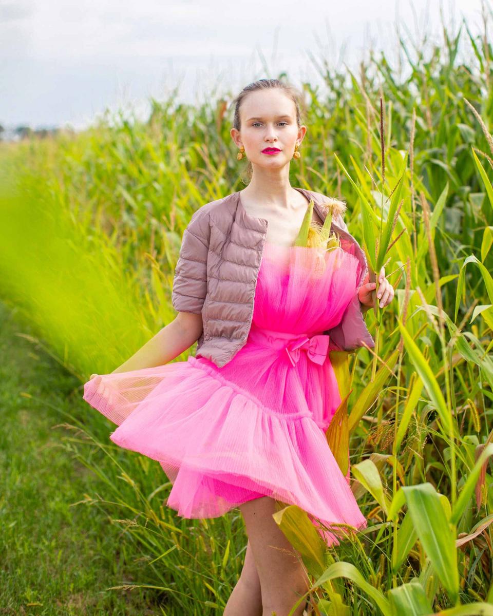 bomberdzsekis-pink-ruha-egyben.jpg