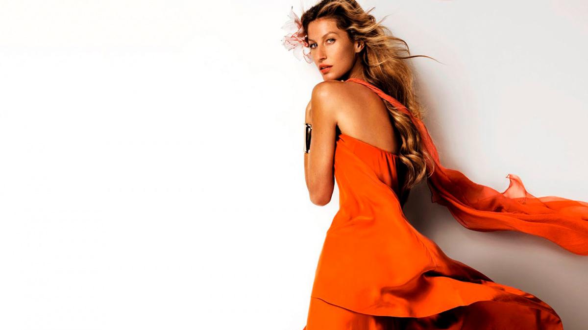 giselle-narancs-ruha.jpg