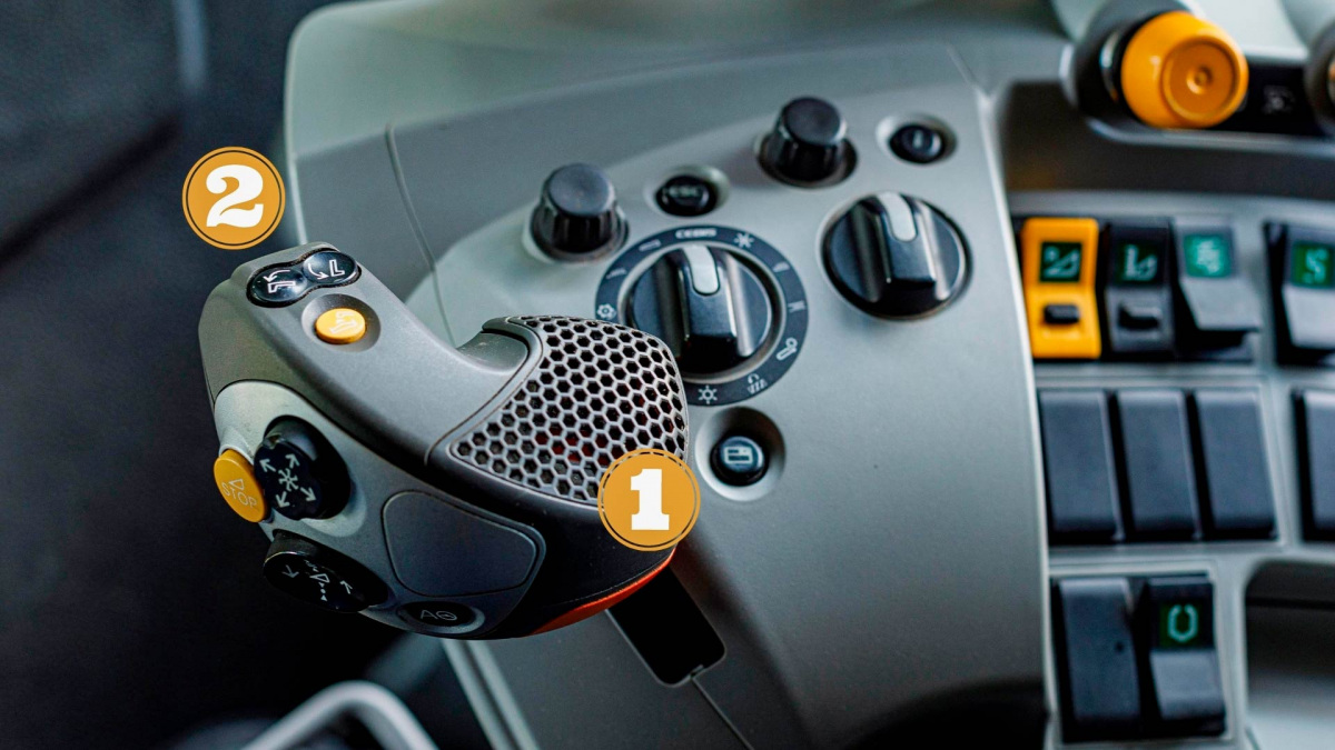 joystick-3.jpg
