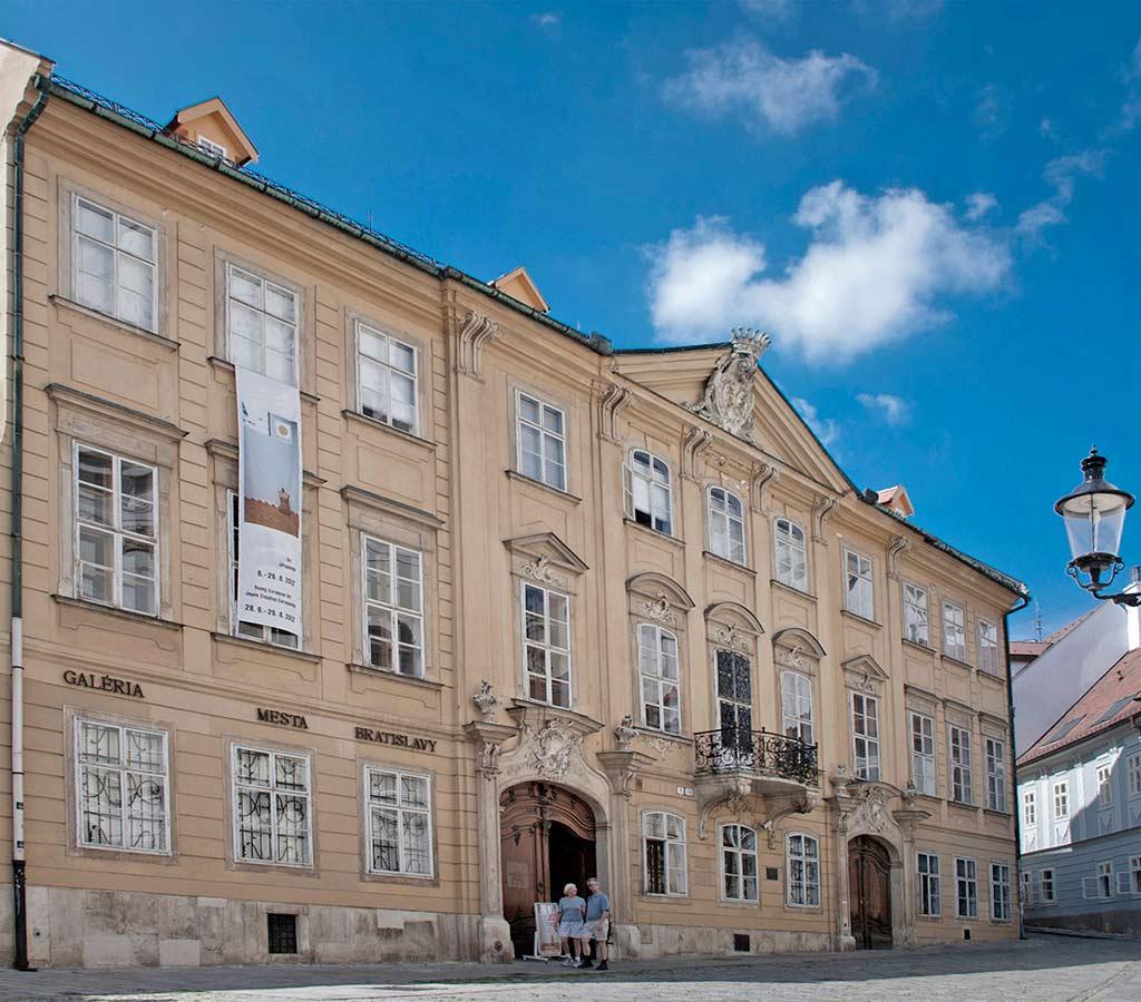 mirbach-palace.jpg