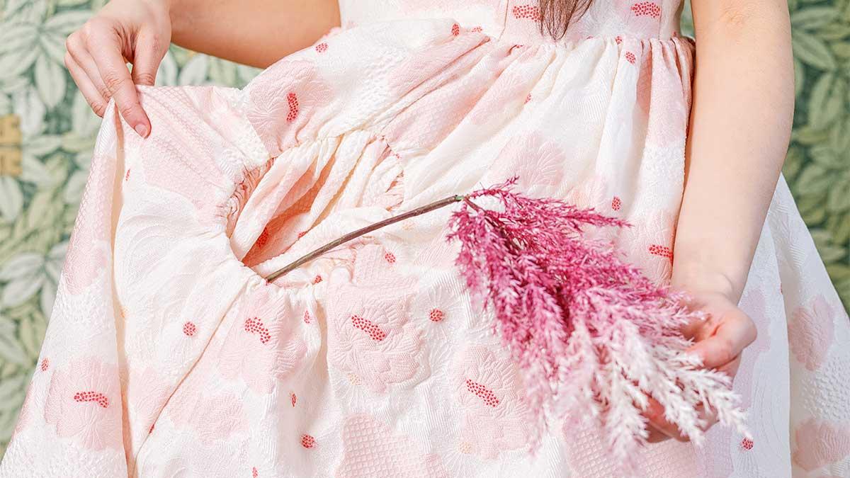 rozsaszin-ruha-fekvo.jpg