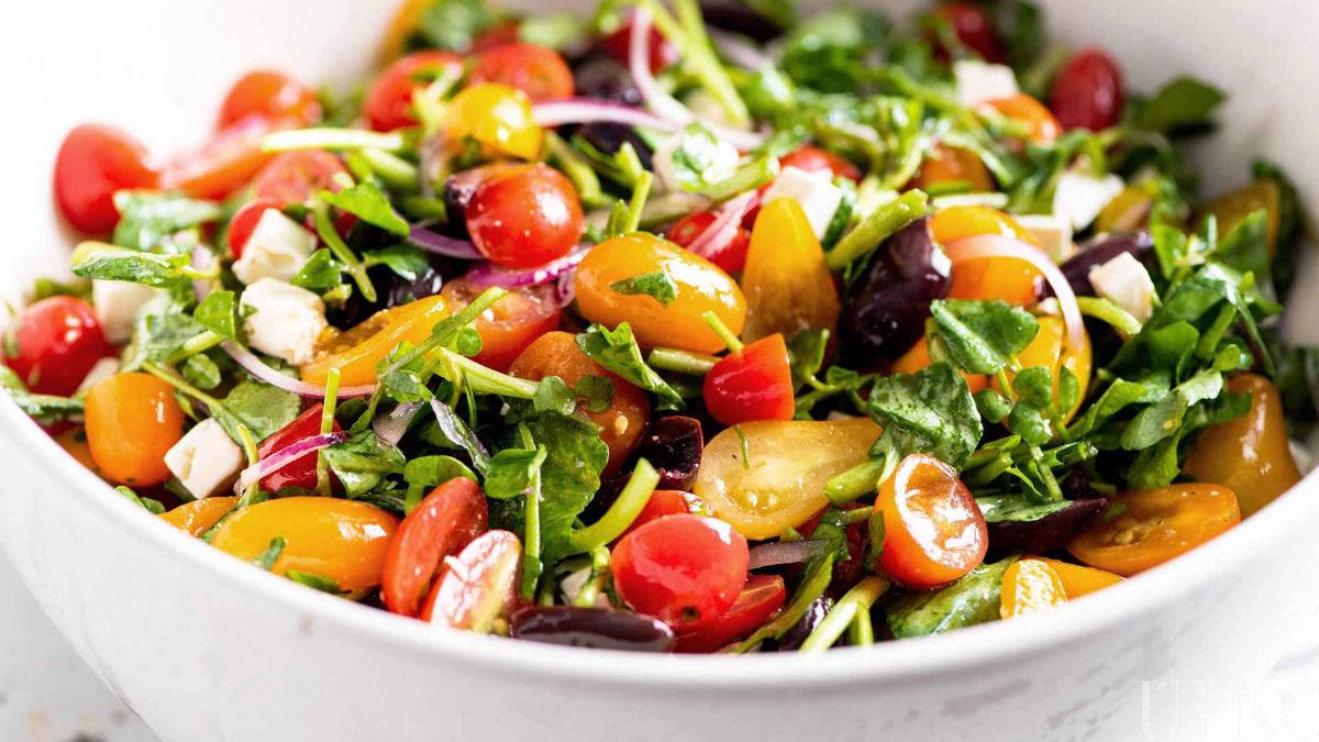 salata-kalacs.jpg