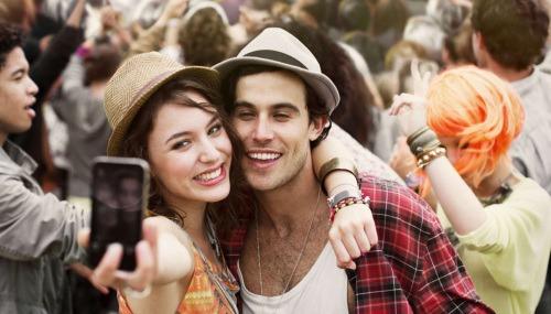 Nektek mi különbség a barát és az ismerős között?
